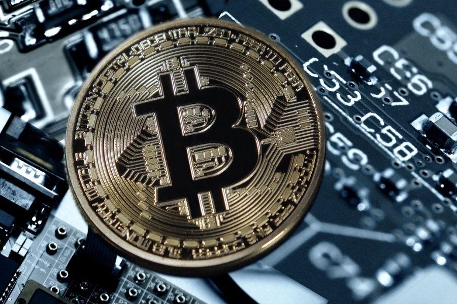 Bitcoin frente a monedas tradicionales