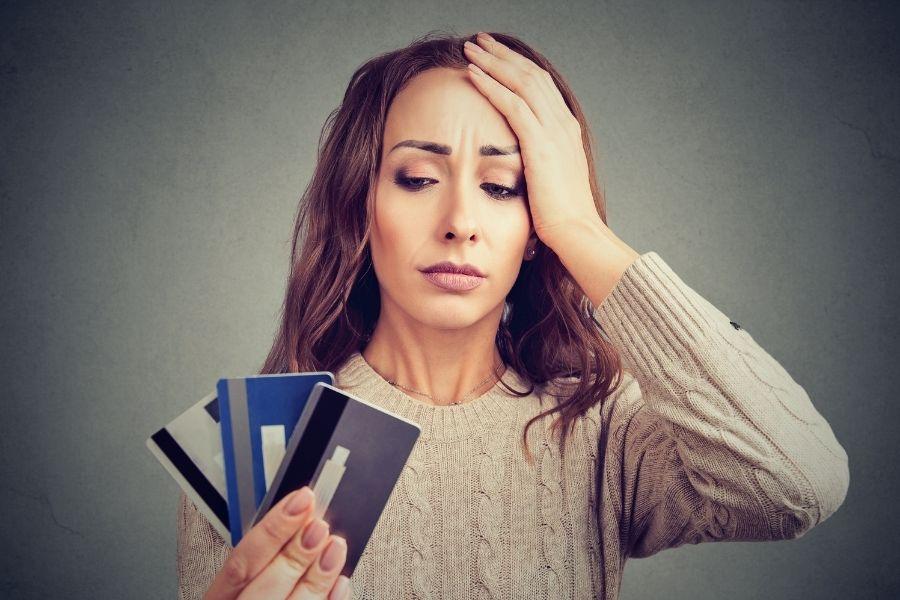 Cómo Reducir sus Pagos Mensuales Promedio con Tarjeta de Crédito